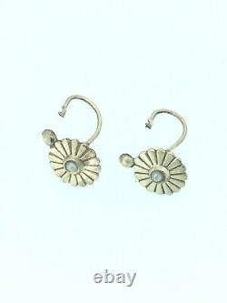ANTIQUE VICTORIAN EARRINGS SMALL FRENCH DORMEUSE DIVINE ELEGANCE GOLD CIRCA1900s