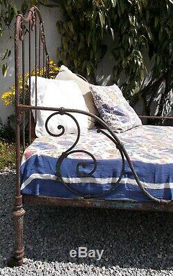 Antique iron bed, french day-bed, wrought iron single bed, folding. Garden bed