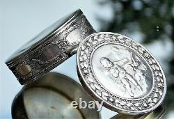 Beautiful Fine Quality French Victorian Solid Silver Cherub Embossed Snuff Box