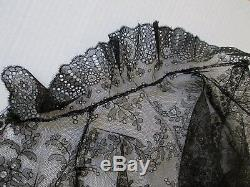 Exquisite Large Antique Victorian French Chantilly Lace Mourning Shawl /cape