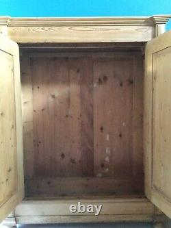 Large Double Victorian Antique French Pine Wardrobe With Key Knockdown