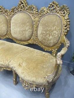 Victorian French Ladies Sofa chaise lounge Throne Sofa superb design Love Sofa