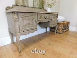 Vintage french dressing table